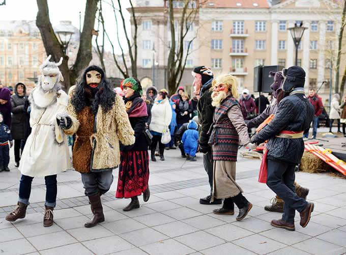 Celebração do Užgavėnės - Lituânia