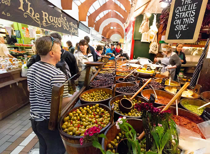 Mercado municipal Inglês no centro de Cork - Irlanda